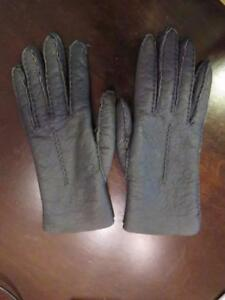 ccf74b0932e Details about WOMENS BLOOMINGDALE'S CHARCOAL GRAY LEATHER GLOVES SIZE 6 1/2
