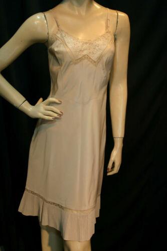 L Cream VTG 40s Dress Slip BARBIZON Endear Side Zi