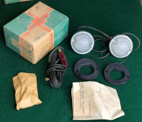 NOS 1950 1951 1952 Chevrolet PG Auto Trans Back Up Lamp Unit Light Kit GM 986409