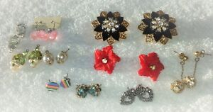 9ee3ff287 Image is loading Vintage-Estate-Jewelry-Earrings-and-Brooches-Holiday-amp-