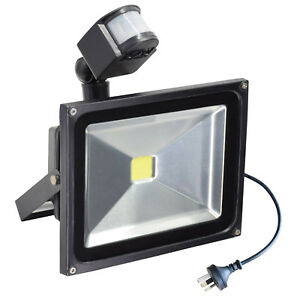 10-50W-LED-Outdoor-Motion-Sensor-Flood-Light-Garage-Driveway-Security-Floodlight
