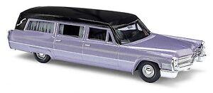 Busch-42922-HO-1-87-Cadillac-Station-Wagon-034-Begrafeniswagen-034-lila
