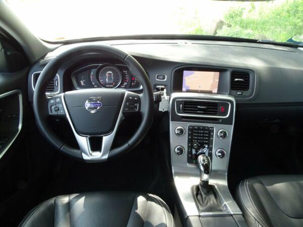 Volvo S60 2,0 D4 190 Momentum aut. billede 6