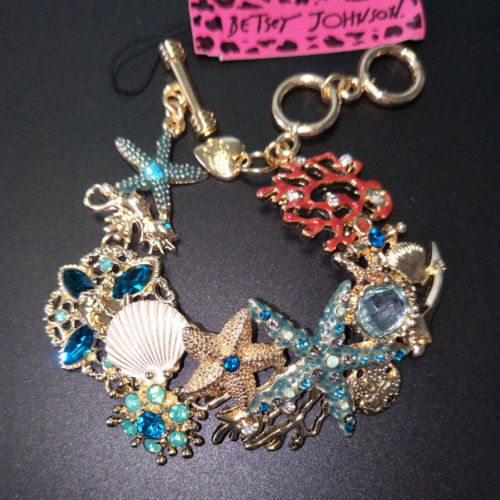 BETSEY JOHNSON GORGEOUS CRYSTAL STARFISH CORAL SHELL CRAB FISH CRYSTAL BRACELET