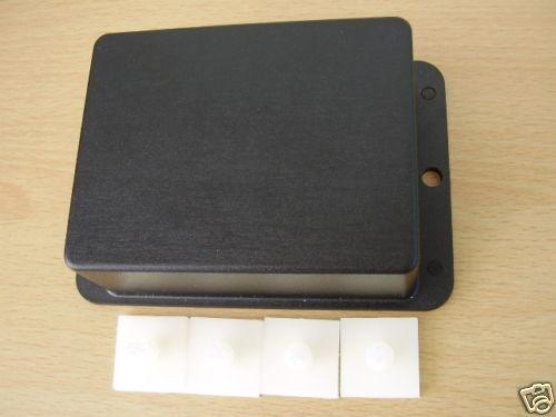 84 x 72 x 32 Sertissage ABS Project Box C//W adhésif PCB Mounts
