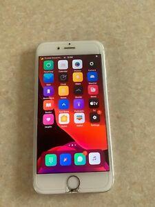 jailbreakes-et-personnalisable-iPhone-6-S-64-Go-silver-debloque-lire-description