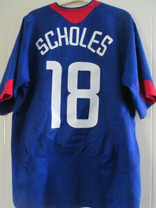 c6688cbf59a Image is loading Manchester-United-2004-2005-Scholes-18-Away-Football-