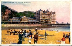 Vintage-Postcard-Grand-Hotel-And-Pier-Pavilion-Llandudno-United-Kingdom-Unposted