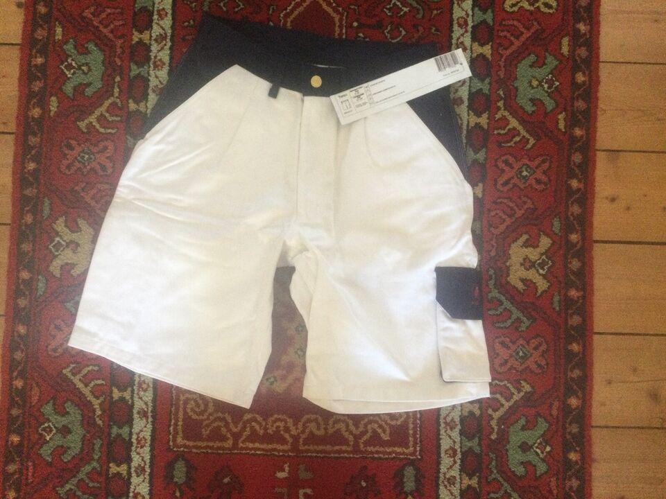 Shorts Mascot