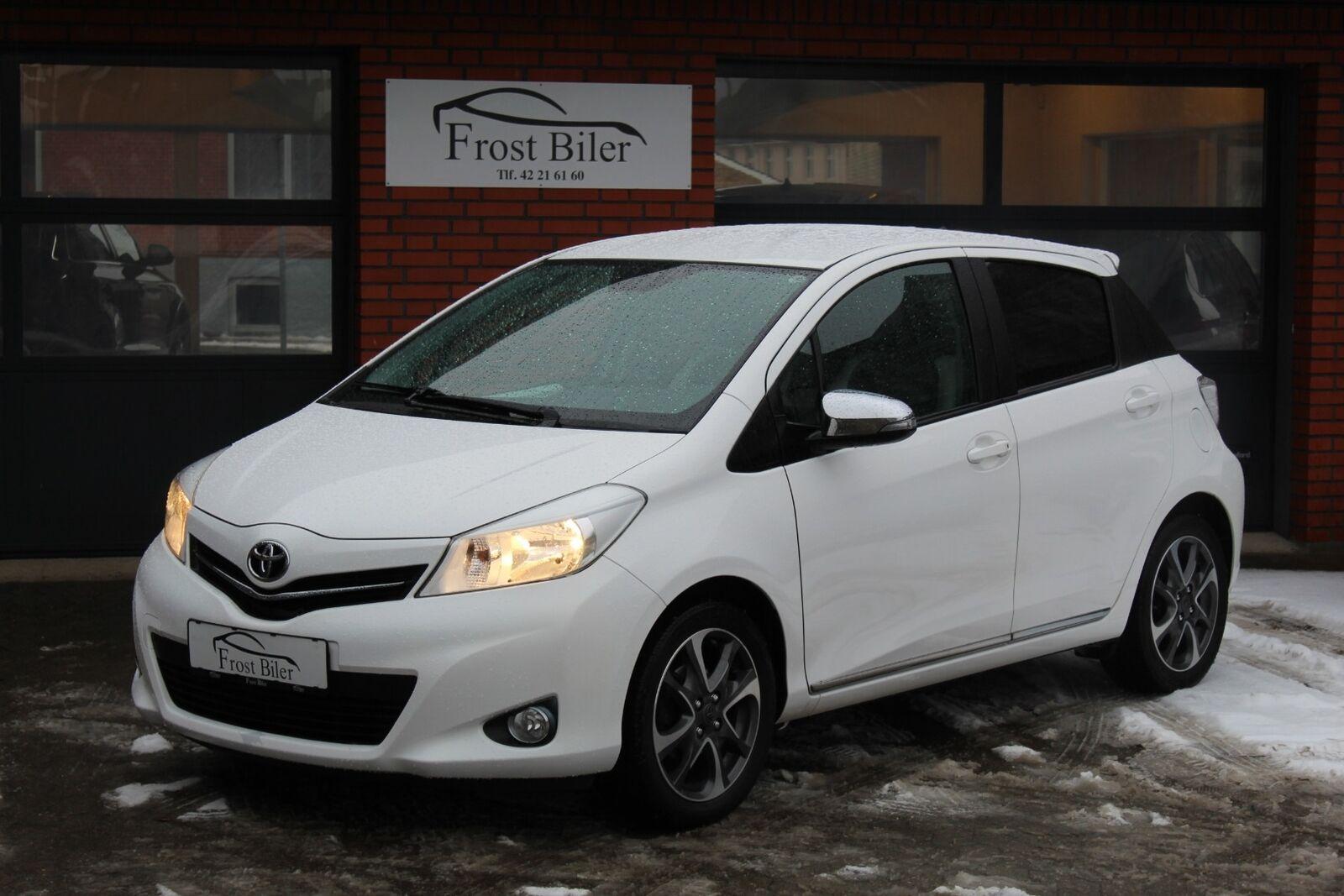 Toyota Yaris 1,3 VVT-i T2 Trend 5d - 79.900 kr.