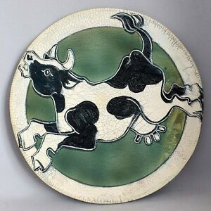 Vintage-CERAMIC-WALL-ART-Plaque-Raku-Pottery-HOLSTEIN-COW-Jumps-over-the-Moon