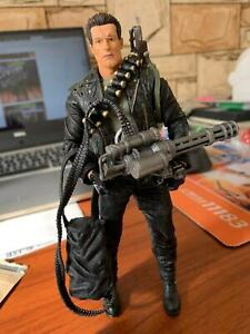 Terminator-2-Judgement-serie-2-T-800-Cyberdyne-Showdown-Day-7in-Figura-De-Accion