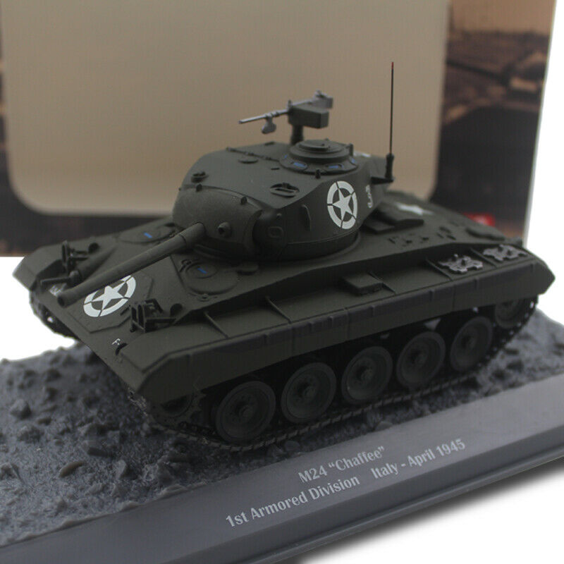 WWII M24 CHAFFEE 1ST ARMorosso DIVISION ITALY-APRIL 1945 1 43 DIECAST MODEL TANK