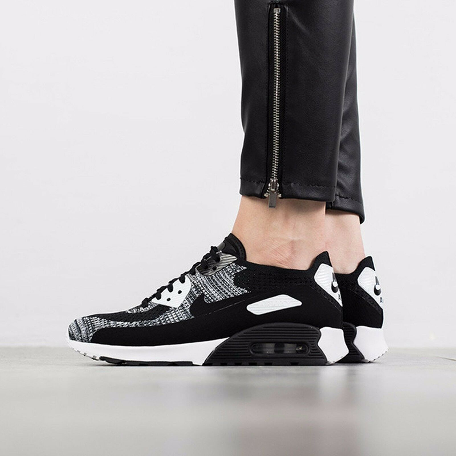 Nike Air Max 90 Ultra 2.0 Flyknit Wmn Sz 6 Black White Anthracite 881109-002