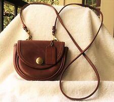 Vintage Coach Mini Cross body Messenger Belt British Tan Leather Purse. USA