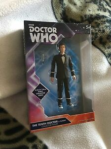 Doctor who  10th doctor in tuxedo  5.5 inch  figure  set