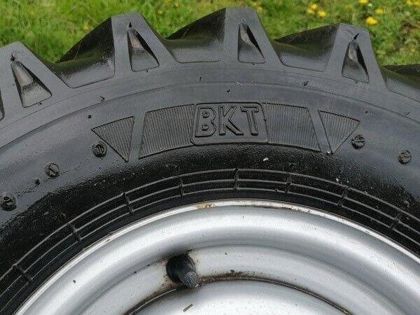 Andet, - - - Brugte komplette BKT hjul 700x12 med 5-huls...