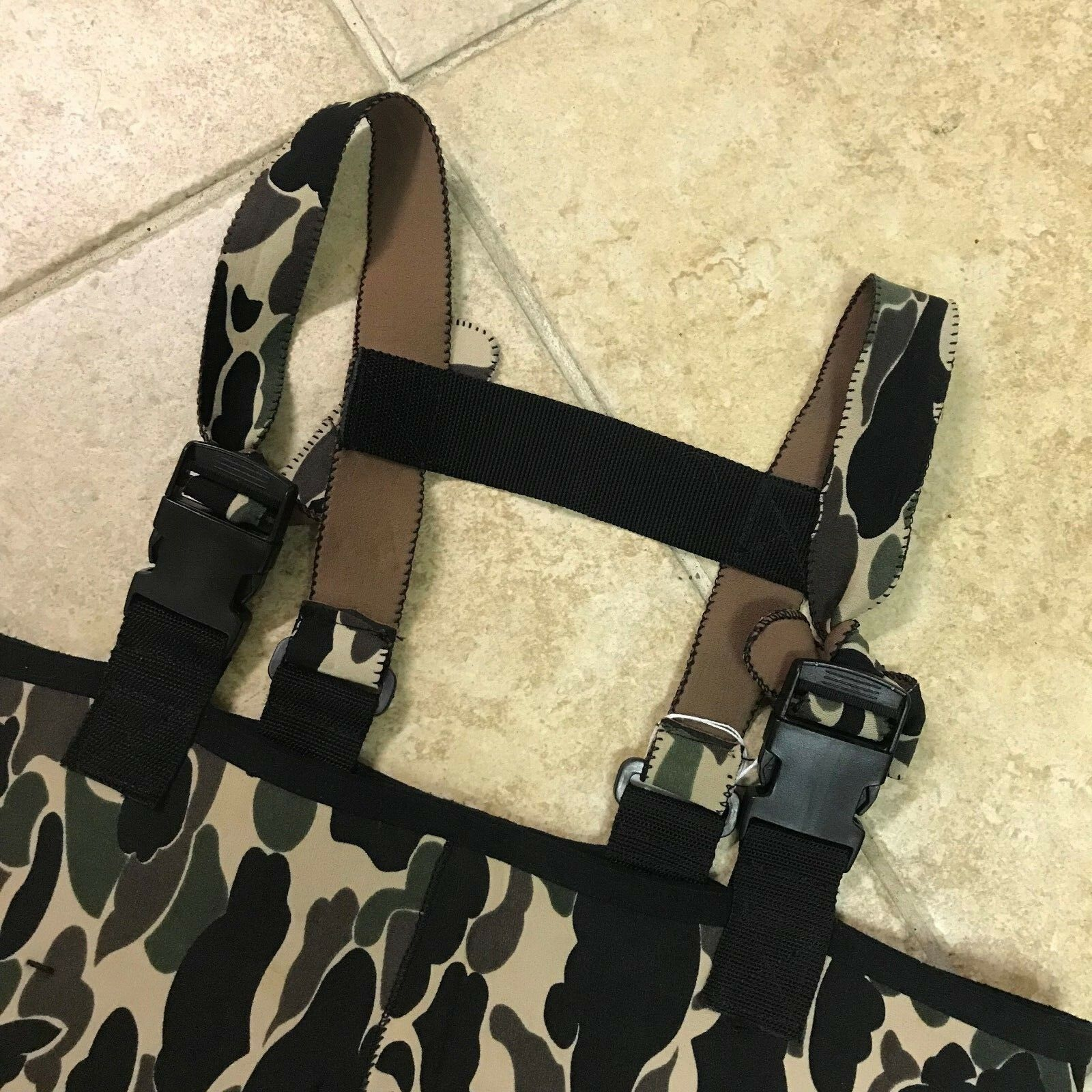 Camouflage Fishing Overalls W/ Suspenders & Footing  - 38x20 Tag Size: 38x20 - -  500 90035d