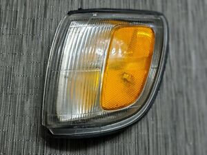 Left Driver Side Corner Light Fits 1997-1998 Toyota 4Runner # 81620-35311