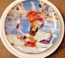 "Hummel Collector Calendar Plate / January ""Year's First Snow"" MINT"