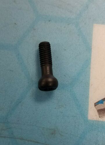 DEWALT 157312-00 SCREW SPEC LH FOR DRILL