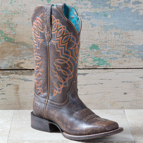 Gentlemen/Ladies Ariat Kickin Cocoa Circuit Cisco Boots Quality queen Moderate cost Full range of specifications