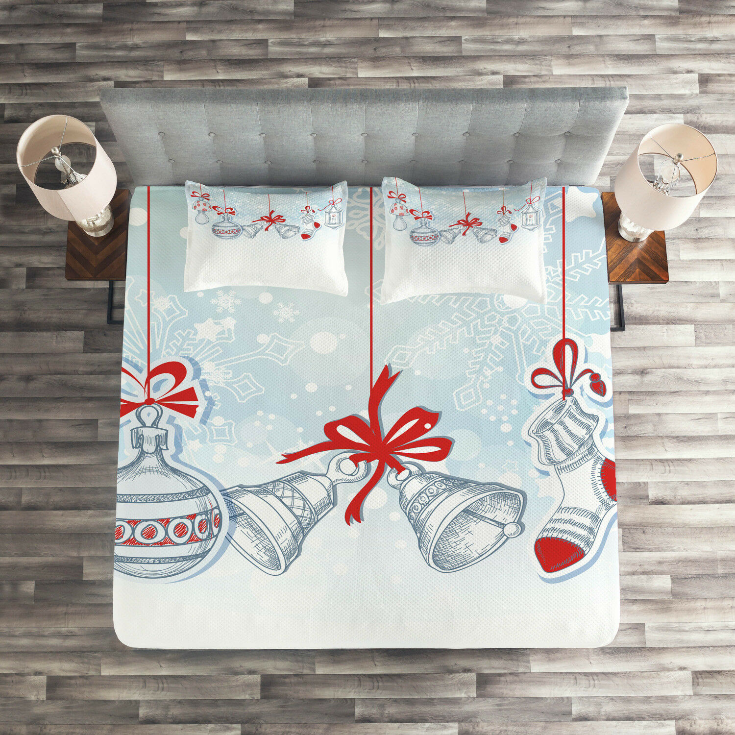 Christmas Quilted Coverlet & Pillow Shams Set, Retro Print