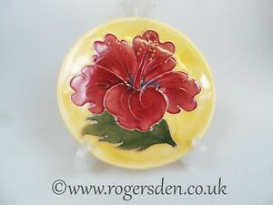 Moorcroft-Circular-Pin-Tray-Clematis-on-Yellow-Ground