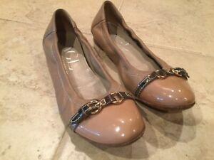 AGL-Womens-Ballet-Flats-38-Beige-Cap-patent-Toe-Buckle-Round-Toe-Leather-EUC