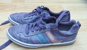 Womens-Dockers-shoes-size-5