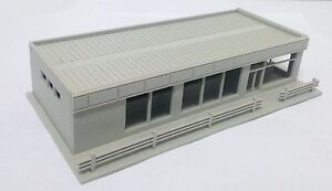 Outland-Models-Railway-Modern-City-Roadside-Convenience-Store-HO-OO-Scale