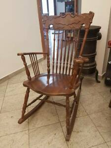 sedia-a-dondolo-della-nonna-anni-60-modernariato