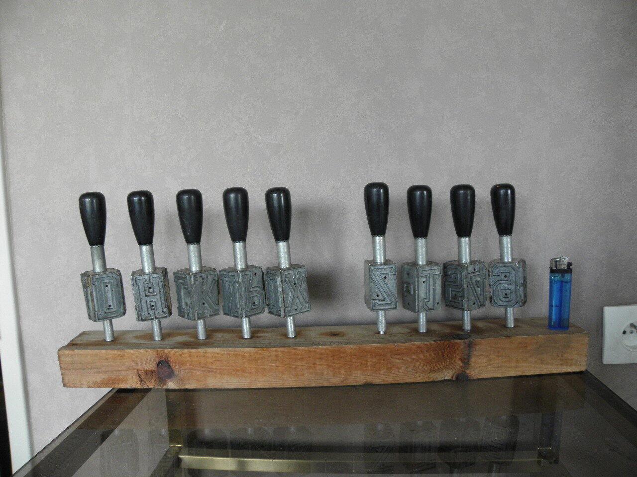 VINTAGE METAL LETTER PUNCHES. BROAD ARROW Matrix Letterpress alphabet printing
