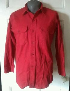 Vintage-Red-Woolrich-Button-Up-Shirt-Made-in-USA-Size-L