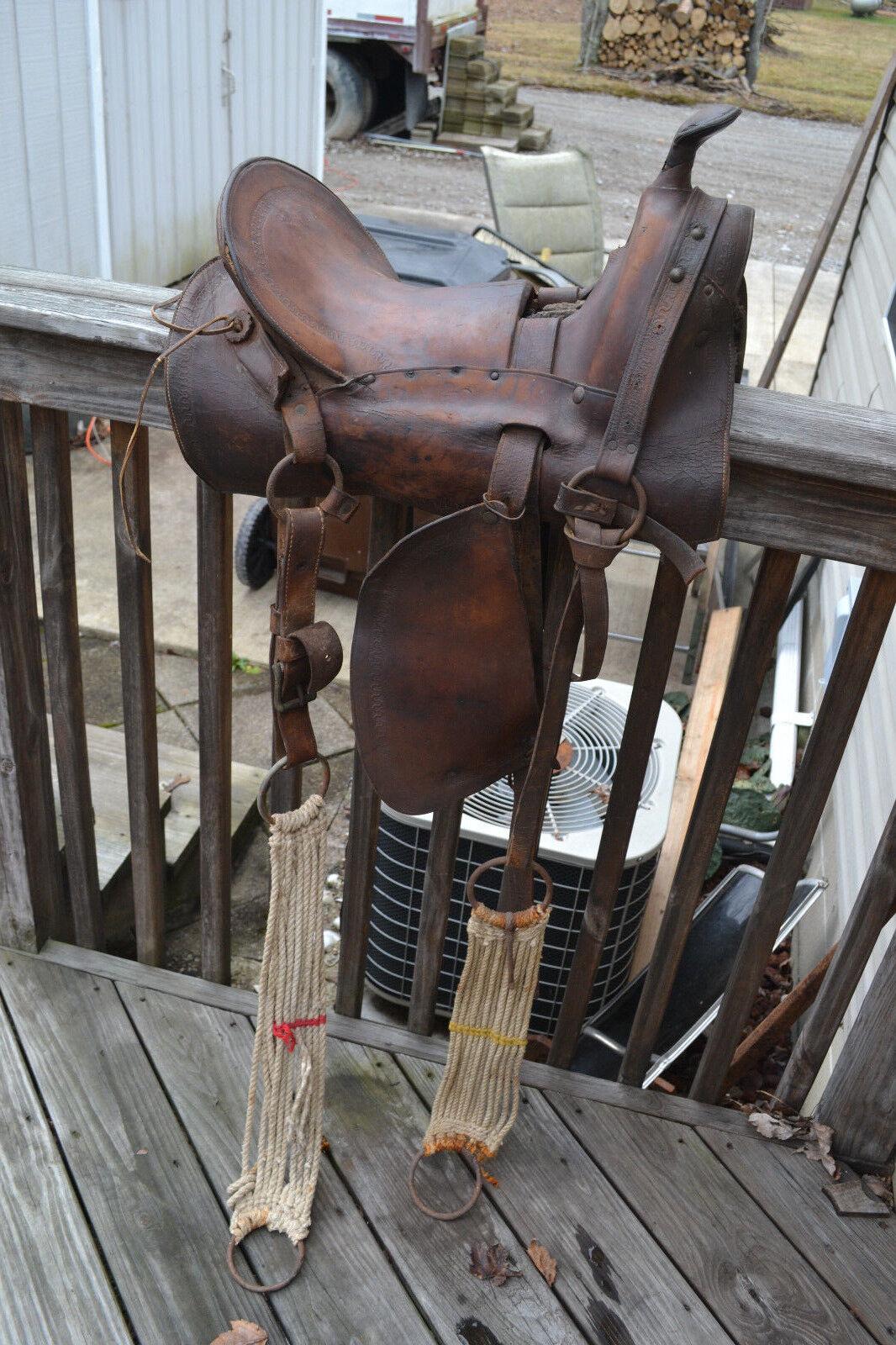 Civil war U.S. Army Colonel R.E. Whitman Co. Leather Western Saddle Cin. Oh.