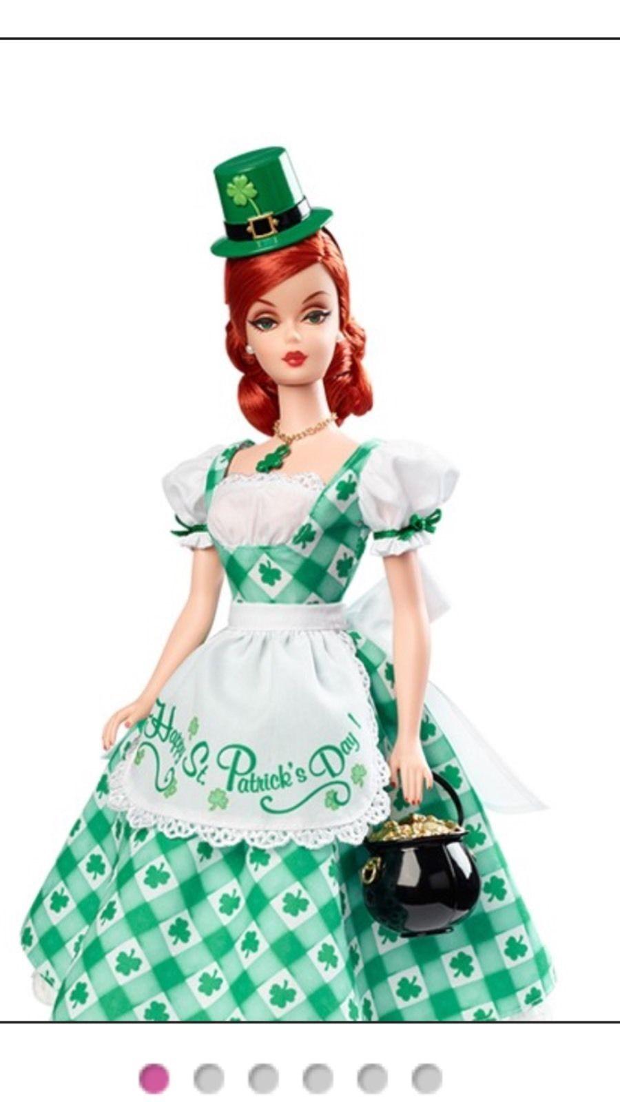 2015 2015 2015 Muñeca Barbie celebración navideña anfitriona Shamrock -  CGK93  Envíos y devoluciones gratis.