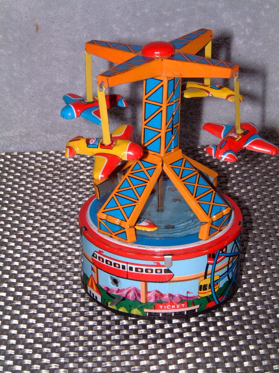 VINTAGE YONEYA (YONE), TIN, VACATION LAND AIRPLANE RIDE W ORIGINAL ORIGINAL ORIGINAL BOX. WORKING 1da6eb