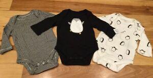 Baby-Gap-Boy-Newborn-Up-To-7-lb-Set-Of-3-Penguine-Black-amp-White-Bodysuits-Nwt