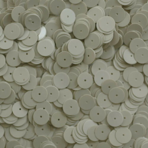 10 mm Plat à sequins loose paillettes ~ Opaque Ivoire Os ~ Round Disc ~ Made in USA