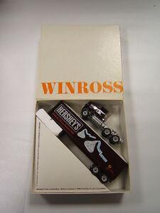 Winross-Hershey-039-s-Kisses-Children-Miracle-Network-1990-1-64-Diecast-MIB-USA