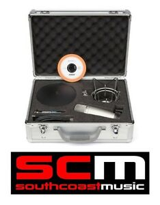 SAMSON-C01U-KIT-USB-MIC-RECORDING-PODCAST-PACKAGE-CO1U-USB-STUDIO-MICROPHONE