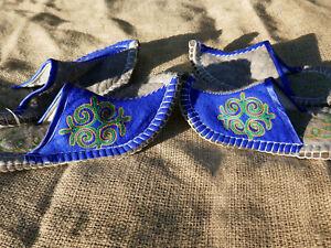 Filz-Hausschuhe-mit-Ledersohle-Handarbeit-Filzpantoffeln-Filzpuschen-Huettenschuh