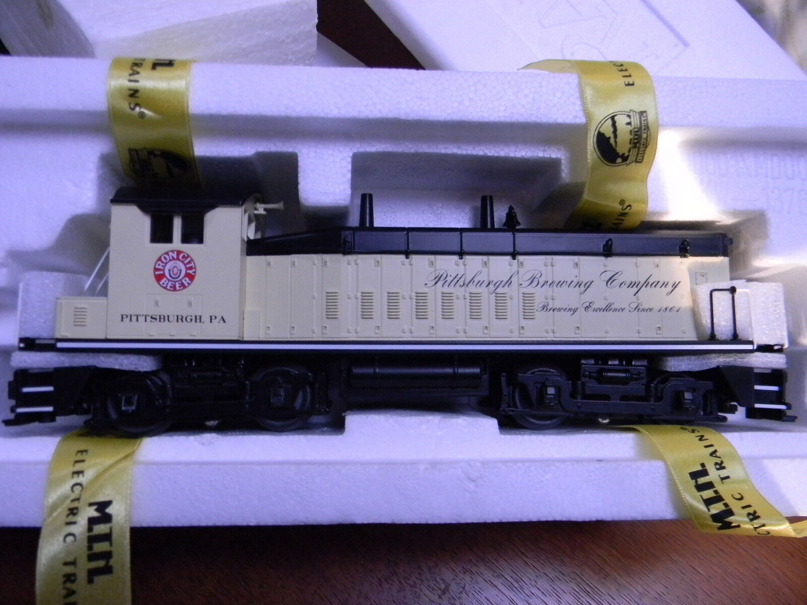 MTH Railking 30-2454-1 Pittsburgh Brewing SW-9 Switcher Diesel Engine New