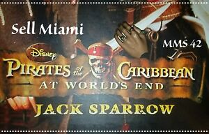 1-6-Hot-Toys-At-World-039-s-End-Captain-Jack-Sparrow-MMS42-Left-Relaxed-Palm