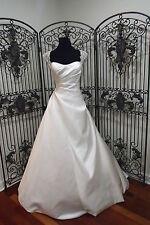 148 BLUE BY ENZOANI KONG SZ 8 IVORY  FORMAL WEDDING DRESS GOWN