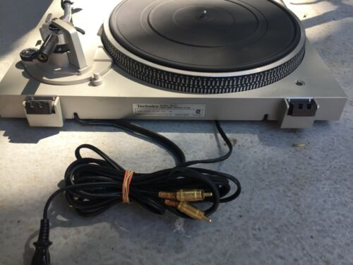 Only for Parts Technics SL-D1 Direct Drive Turntable Not Working