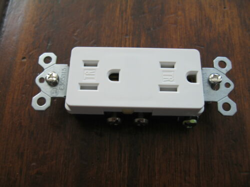 White Decoro Outlets Receptacle Brand New 10 Outlet 15A Set