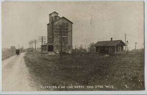 1910-era-Van-Dyne-Wisconsin-Soo-Line-Railroad-depot-Real-Photo-Postcard-RPPC
