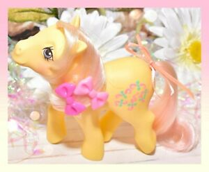 My-Little-Pony-G1-MLP-Vtg-KISS-CURL-Brush-Me-Beautiful-Boutique-Pony-EURO