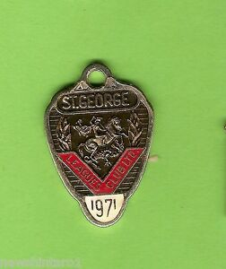1971  ST GEORGE DRAGONS  RUGBY  LEAGUE  CLUB  MEMBER  BADGE #10094